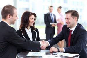 cách tìm kiếm khách hàng của nhân viên tín dụng