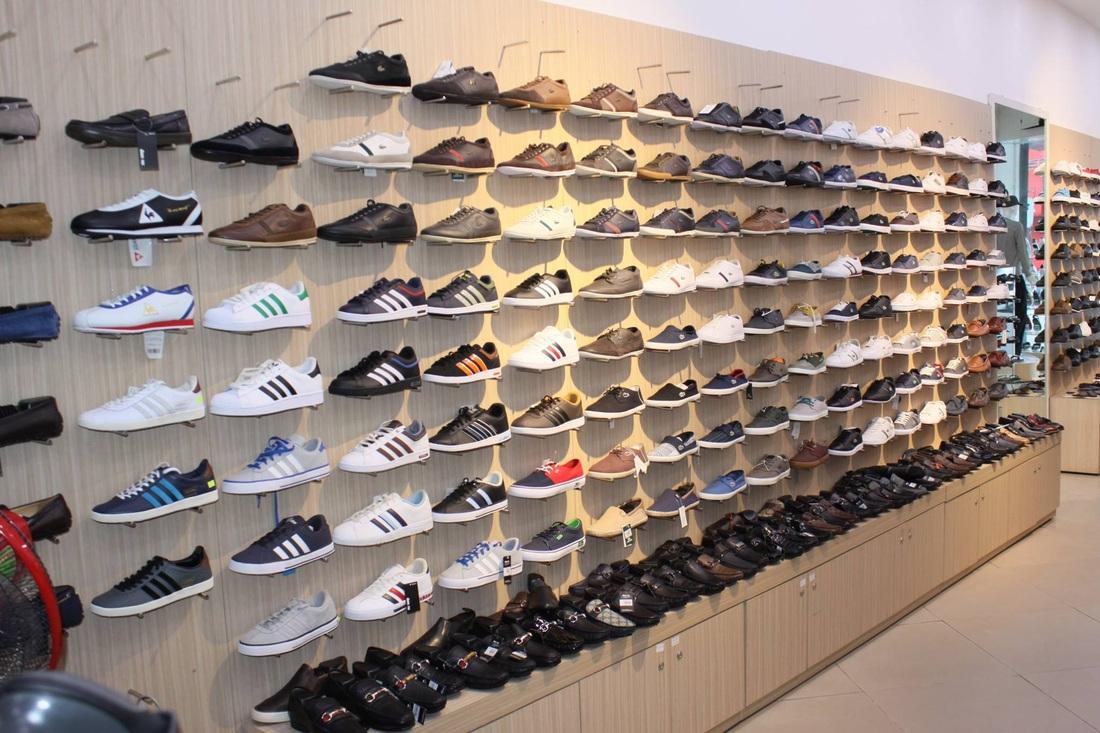 Kinh doanh khởi nghiệp thành công với mặt hàng giày dép - Tốt gỗ tốt cả nước sơn