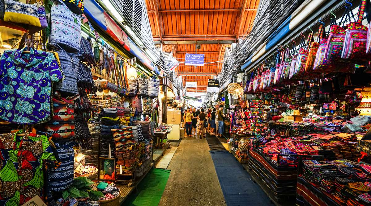 Kinh nghiệm tham quan chợ Chatuchak ở Bangkok | Phuotvivu