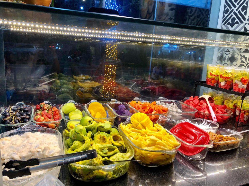 Kinh nghiệm mở quán sinh tố trái cây – Cần chuẩn bị những gì? Máy chế biến  thực phẩm – Cơ Khí Viễn Đông